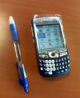 Первые фотографии нового коммуникатора Palm Treo 755p